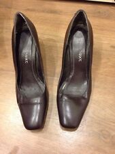 Next Brown Heels Heeled Court Shoes Size 4 - <E3441