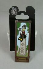 Disney Pin - Haunted Mansion Stretching Room Portrait - Daisy Duck on Tombstone