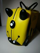 YELLOW AND BLACK BEE TRUNKI CHILDS KIDS RIDE ON SUIT CASE