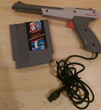 Original Offical Zapper Gun NINTENDO NES Gray with Super Mario Bros & Duck Hunt