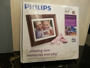 """Philips Home Essentials Digital PhotoFrame 10.4"""" LCD SPF3410/G7 Picture Frame"""