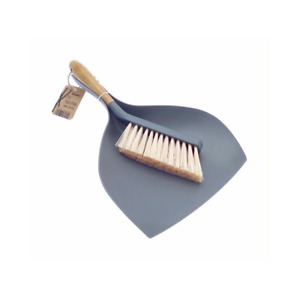 Homewares Bamboo Dustpan & Brush Traditional Retro Style Cleaning Tools
