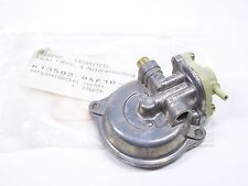 Suzuki / SACHS Roadster 650 droit Couvercle de carburateur ET: 13502-04F10-000