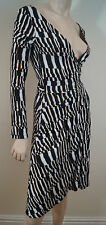 Diane Von Furstenberg Black White & Brown Abstract Print Wrap ceinturée robe 4 UK8