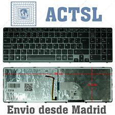 Teclado Español para portátil SONY VAIO SVE15 Series / CON Backlit / Marco Gris