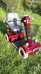 Elektromobil Shoprider Deluxe (vierrad), Topzustand, Batterien (2) neu! 6 km/h