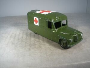 Dinky toy Military Army DAIMLER AMBULANCE #624 NICE