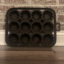 New listing 19th Century Cast Iron Gem 12 Muffin Corn Bread Pan 4 Gate Marks Turks Head #20