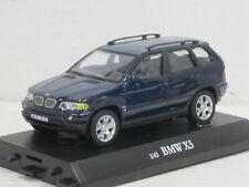 BMW X5 in dunkelblau, ohne OVP mit Sockel, Hongwell/Cararama, 1:43