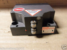 BALLUFF BNS 813-B2-R12 61-A-20-01 LIMIT SWITCH 0426DE 240V 6 AMP