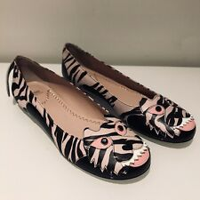 MOSCHINO £200 PINK / BLACK LEATHER TIGER FACE PRINT FLATS UK 4/37 NEW / RARE