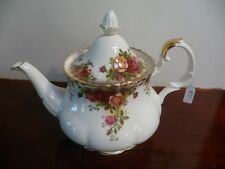 Royal Albert Vintage OLD COUNTRY ROSES LARGE TEAPOT 8 CUP  Very Good Condition