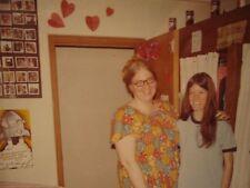 VINTAGE KODAK MOMENTS COLLEGE GIRLS DORM BFF HEART BEER 1972 PEPSI POSTER PHOTO