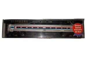 N BACHMANN 4761 AMTRAK METROLINER POWERED PASSENGER CAR IN ORIG CASE