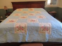 antique vintage handmade quilts 80 x 100 beautiful came from Pennsylvania cpics