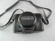 Vintage Yashica Electro 35 35mm Film camera 1:1.7 F=45mm For Parts Or Repair