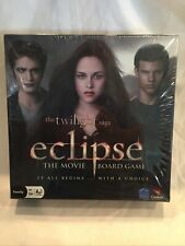 B53 New the Twilight Saga Eclipse the Movie Board Game by Cardinal 2010 Sealed