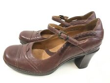"e91ef04806475 Clarks Artisan Collection Casual 2"" Heel Pumps Strap Buckle Leather Brown 5  M"