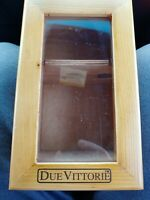 Due Vittorie Wood Clasp Box & Container / Glass