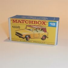 Matchbox Lesney 18 e Jeep Scout Field Car empty Repro F style Box