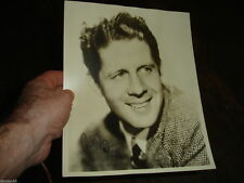 Sepia Signed Collectible Celebrity Photos (1940-Now)