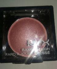 Nyx Baked Blush + Illuminator + Bronzer Bbl10 Ladylike ( Light pink with gold )
