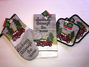 4 Christmas Red Truck Dashing through the snow kitchen towel 2 Potholders Mitt
