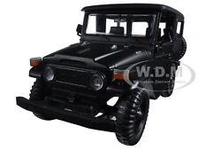 TOYOTA FJ40 FJ 40 MATT BLACK 1:24 DIECAST MODEL CAR BY MOTORMAX 79323