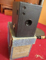 IN BOX ANTIQUE KODAK NO. 2A CARTRIDGE HAWK-EYE, MODEL B