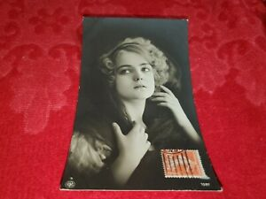 ANTIQUE RPPC REAL PHOTO POSTCARD OF PRETTY FLAPPER GIRL  LOT #27
