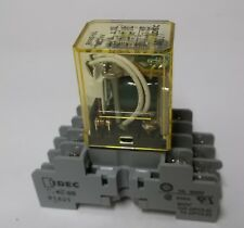 iDEC 4PDT 5A Miniature Relay RY4S-UL-DC24V w/ Indicator & DIN Rail Mount Socket