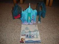 EUC Disney Frozen Magical Lights Palace play Set Elsa & Olaf figures