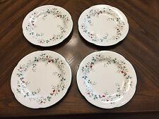 Pfaltzgraff Winterberry Dinnerware 16 pc Service for 4