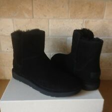 UGG ABREE MINI BLACK SUEDE SHEARLING ZIP ANKLE BOOTS SIZE US 7 WOMENS NIB