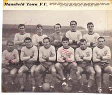 MANSFIELD TOWN TEAM GROUP 1960S MULTI HAND SIGNED x 4