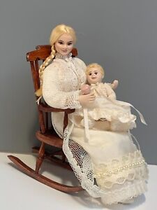 1:12 DOLLHOUSE MINIATURE DOLL MOTHER WITH BABY ON WOODEN ROCKING CHAIR