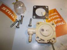 Stihl BG86/BG86C/BGC-E SH56/SH56C/SH56C-E CARB Primer Lampadina, presa in plastica + Piastra