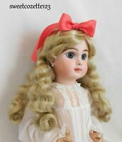 """Doll Wig Light Blonde Size 15"""" New in Pkg. Synthetic Long Curls NICE"""