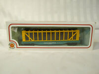 BACHMANN PENN CENTRAL 51' PULPWOOD HO scale yellow RAILROAD VILLAGE TRAIN CAR RR