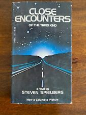 Book - Close Encounters of the Third Kind - A Novel by Steven Spielberg (1978)