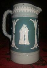 Antica lattiera brocca Dudson England Jasper Ware tipo Wedgwood cammei su verde