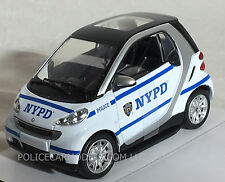 New Ray 1/24 NYPD New York City Police SMART CAR  71203