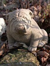 Bulldogge mittel aufrecht frostfester Steinguss patiniert