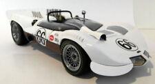 Modellini statici di auto da corsa sportive e turistiche AUTOart scala 1:8