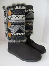 Muk Luks Womens Andrea Boots Reversible Sweater Cuffs Black White Size 11  #B495