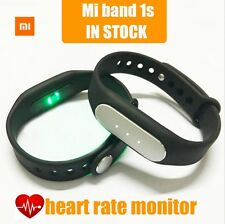 Xiaomi Mi Band 1S activity tracker - Keep Your Heart Rate under control!