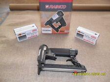 Rainco Upholstery Staple Gun & 2 Boxes Staples