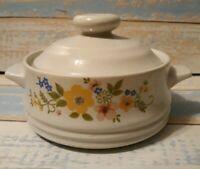 Bake Serve 'n Store Sweet Flowers Baking Dish Crock Lidded Casserole floral Vtg