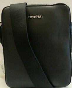 Calvin Klein Minimal Reporter Bag Mens Ref BAG400^