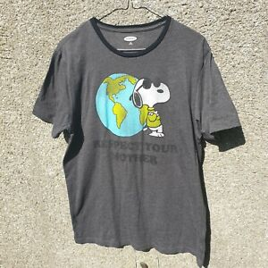 Snoopy MENS Medium T SHIRT Grey Old Navy Respect your Mother Shirt Tee Top Earth